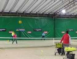 厚木国際インドアテニススクール